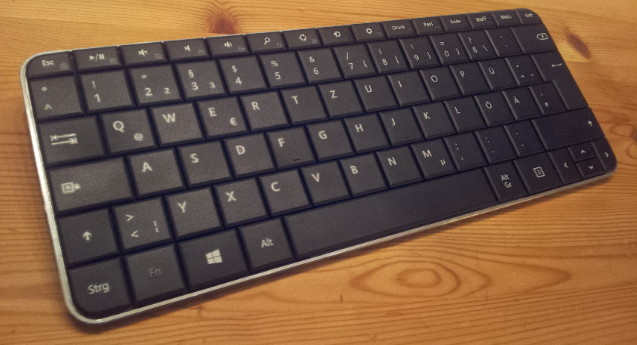 Microsoft Wedge Mobile Keyboard (with German layout)